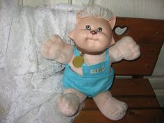 CABBAGE PATCH KOOSAS Cat with White Hair. This is the exact one I have.