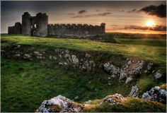 Ruins of Castle Roche, County Louth, Ireland