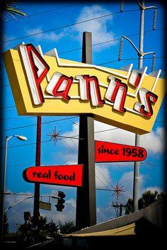 Pann's Restaurant & Coffee Shop