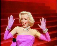 diamonds are a girls best friend, marilyn monroe