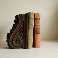 Love vintage books -- LOVE the bookend...