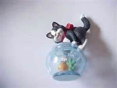 Hallmark Mischievous Kitten #1 In Series 1999-christmas Ornament used ...