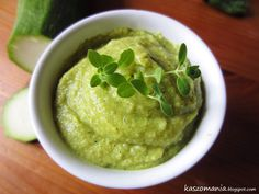 Kaszomania - pomysły na dania z kaszy jaglanej: Pasta kanapkowa z kaszy jaglanej, cukinii i curry