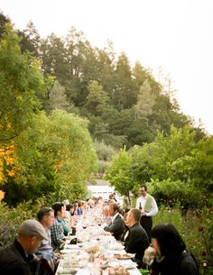 Outdoor dining with family and friends #Socialize #SummerResolutions