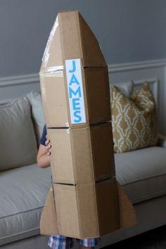 Cardboard Rocket {Craft Camp} | Skip To My Lou