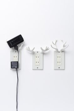 Tech gadgets. (Très chic): #LittleBearProd www.little-bear-productions.com