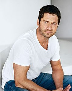 300 Things We Didn't Know About Gerard Butler