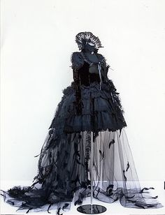 This would be great for Titania, especially later in the show. We could consider a design like this, but incorporate more color/ scrap.