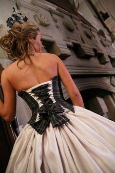Tartan Wedding Dress Tartan Wedding ideas, Scottish Wedding, Tartan patterned Ideas and Inspirations. Wedding Directory-UK
