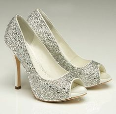 futur, dream, accessori, sparkly shoes, sparkle wedding shoes, ivory wedding, heel, glitter shoes, bride