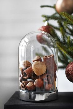 Under The Bell Jar www.wisteria-avenue.co.uk