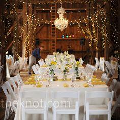 yellow-barn wedding!
