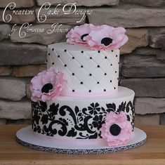 I want this cake...so pretty