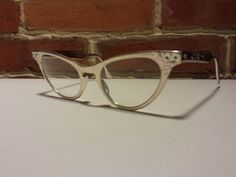 VINTAGE AWESOME! Art-Craft Aluminum Cat Eye glasses