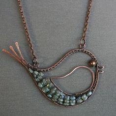 Birdy with labradorite belly | JewelryLessons.com
