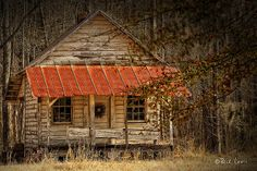 Old south farmhouse outside of Montgomery Alabama - Photograph by Rick Lewis, Flickr.
