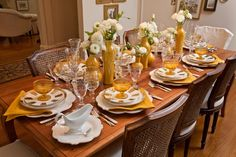 Thanksgiving table arrangement decor