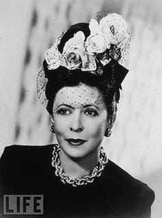 Lilly Dache: the designer herself. 1943
