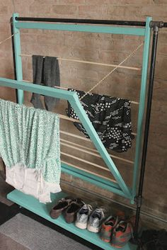 DIY drying rack...going to need to consider for all of those cloth diapers in my future!