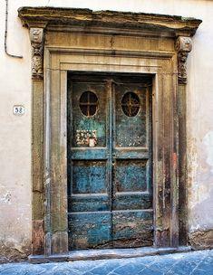 Door Series - Lucca