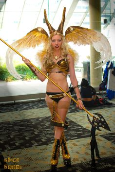 witchblad cosplay, witchblad sonja, hunter cosplay