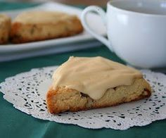 low carb and gluten free maple pecan scones