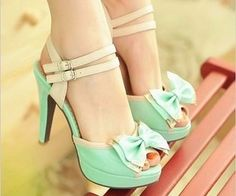 shoes,fashion shoes,wedding shies Classic Kitten Heels #fashion #shoes #black #heels