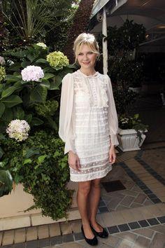 Kirsten Dunst, white swiss dot dress