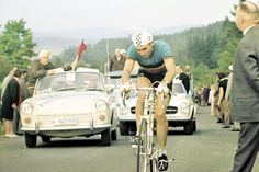 http://upload.wikimedia.org/wikipedia/commons/1/10/Eddy_Merckx_1966.jpg