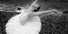 Google Image Result for http://www.43pixels.com/wp-content/uploads/2011/04/ballet-photography-43pixels-500x250.jpg
