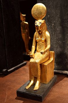 Tutankhamun in Barcelona  Statuette from the tomb