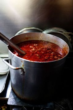 When the Neapolitan mothers decide to cook Ragù, they should be ready to spend a night at the stove stirring the sauce with the meat so that it does not stick to the pan! Finally, the color will be dark red, the smell and the flavor will be intense... AMAZING!