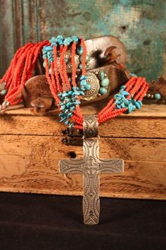 chip, bead, jewelry necklaces, vintag cross, western fashion