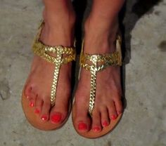 <3 those shoes!  thefashionco.blogspot.in