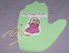 Toddler Prayer Book - Teach kids to pray using pics on each page: Praise, Needs, Family/Friends, Church, etc...