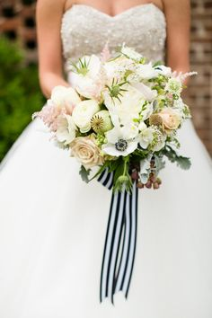 North Carolina Wedding Inspiration from Robyn Van Dyke + A Southern Soiree  Read more - http://www.stylemepretty.com/2013/07/23/north-carolina-wedding-inspiration-from-robyn-van-dyke-a-southern-soiree/