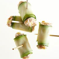 Smoked Salmon Zucchini Bites smoked salmon, chicken salads, smoke salmon, tuna salad, zucchini bites, healthy appetizers, salmon recipes, holiday appetizers, dip recipes