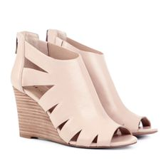 Nude Blush Wedges