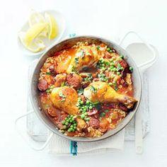 50 min. 965 kcal. Smeuiige paella met kip