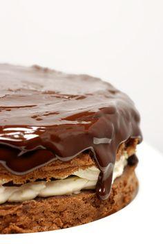 cherry chocOlate sponge cake