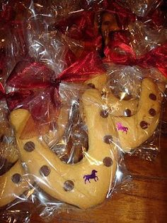 Chocolate Chip Horse Shoe Cookies!!