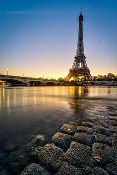 Sunrise in #Paris
