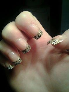 Leopard and zebra nails