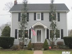 Traditional Center Hall Colonial. perfect colors