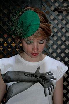 #Tocado de @Rita Von . #Tocados y #sombreros en @BijouPrivee .