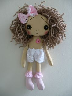 "Handmade Shabby Chic Vintage Retro Collectible Art Artist 9"" Cloth Rag Doll 