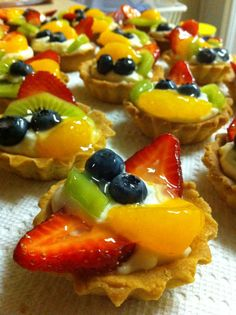 Yummy fruit cupcakes