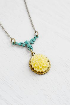 Ivory Yellow Dahlia Flower NecklaceSummer by KimFong on Etsy, $18.00