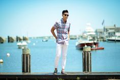 What to Wear for a Sockless Style from Wantering. #mensstyle #mensfashiontips