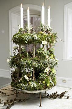 buffets, holiday, christmas wreaths, green garden, garden gates, candle centerpieces, table centerpieces, advent wreaths, flower